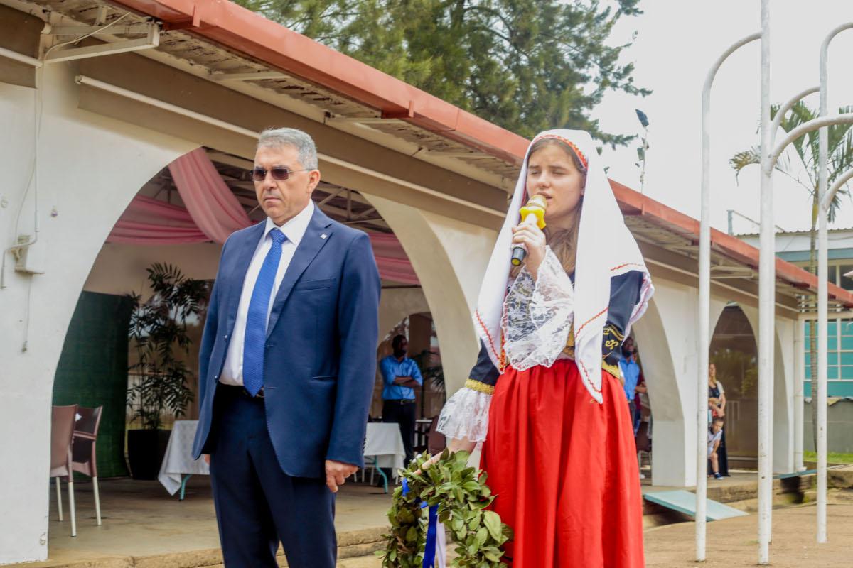 Κατάθεση στεφάνου από το πρόεδρο της ελληνικής κοινότητας